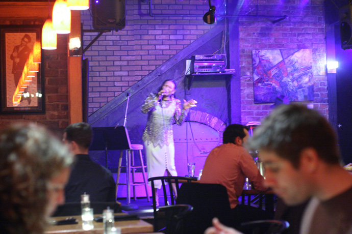 Phyllis Adelyne singing jazz at Capones Restaurant and Live Jazz Club in Vancouver BC Canada.