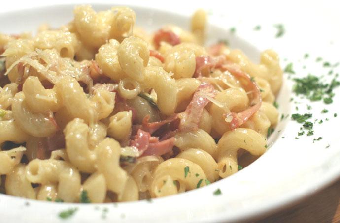 Proscuitto pasta