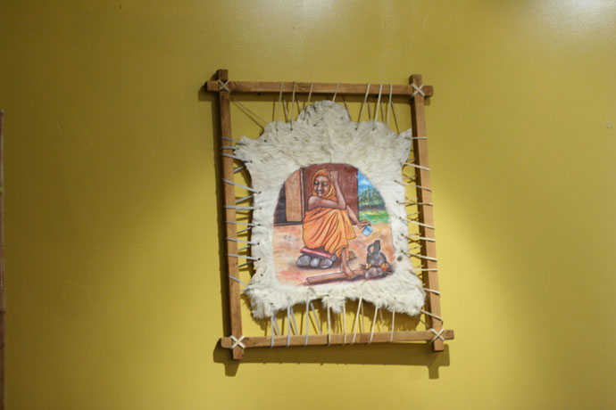 The decor of the Red Sea Cafe features some interesting art pieces from Africa