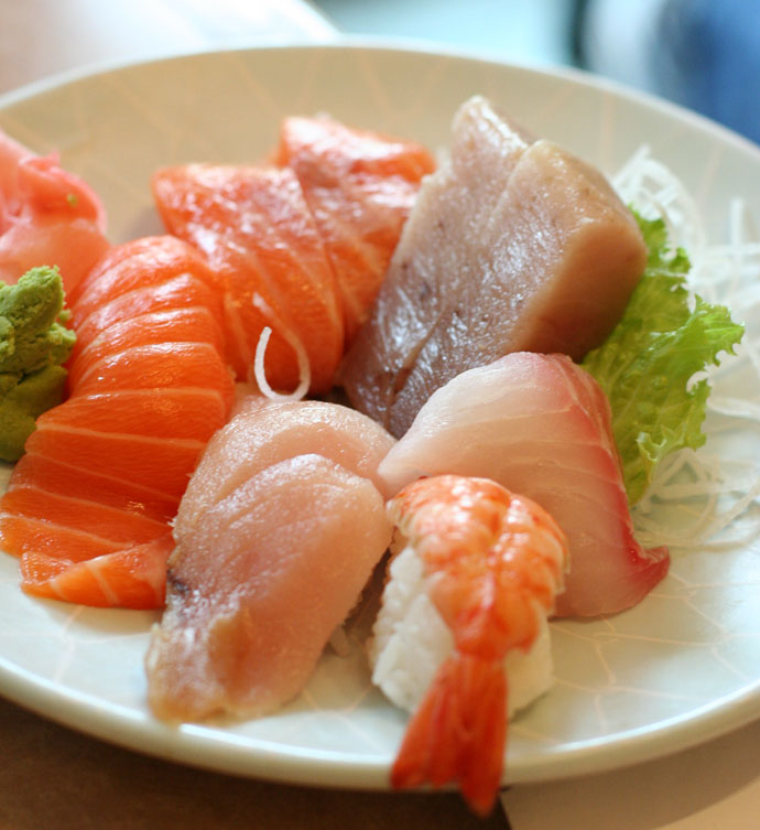 Sushi and Sashimi combination