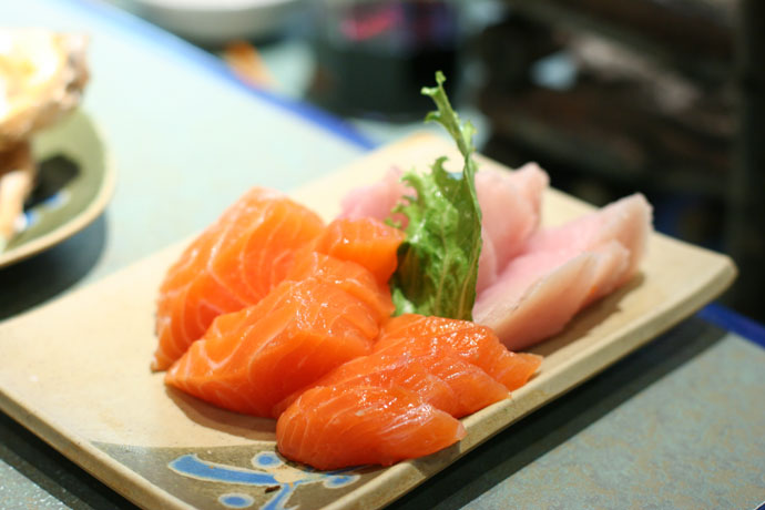 Salmon and Tuna sashimi from Shabusen Japanese restaurant in Vancouver (Burrard Street)
