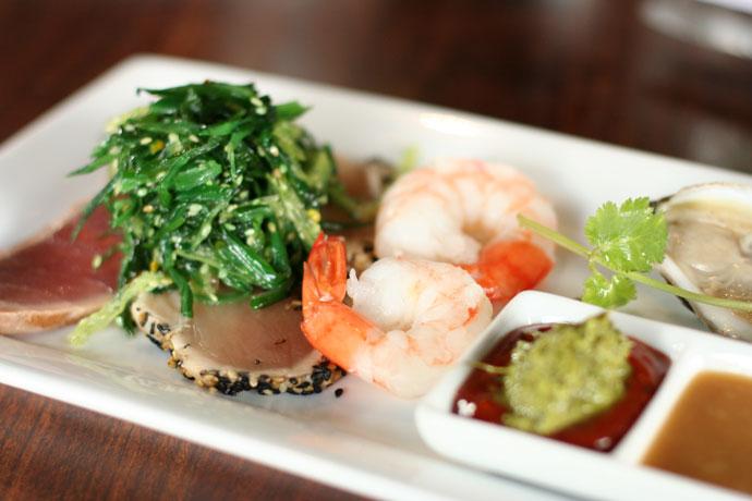 Fishermen's Platter (prawns, albacore tuna, ahi tuna, seaweed salad, and oyster), $18.95