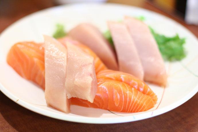 Tuna and salmon sashimi at Samurai Sushi in Vancouver