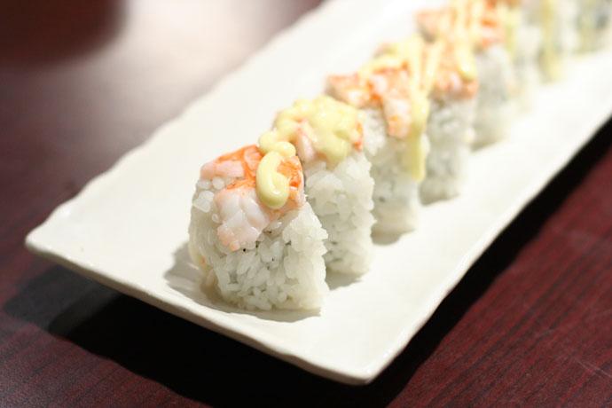 Mangodize sushi roll (delicious)